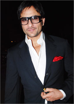 Saif Ali Khan is ready to endorse Wynncom mobiles