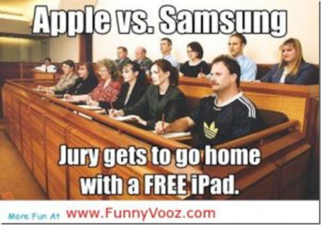 jury goes with an ipad thumb Funny Memes and cartoons after Apple vs Samsung legal battle verdict